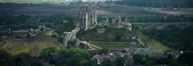 corfe castle panorama